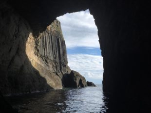 MacKinnon's Cave | Scottish legend | Scottish Cruises | Hebridean Cruise | Cruise Scotland |